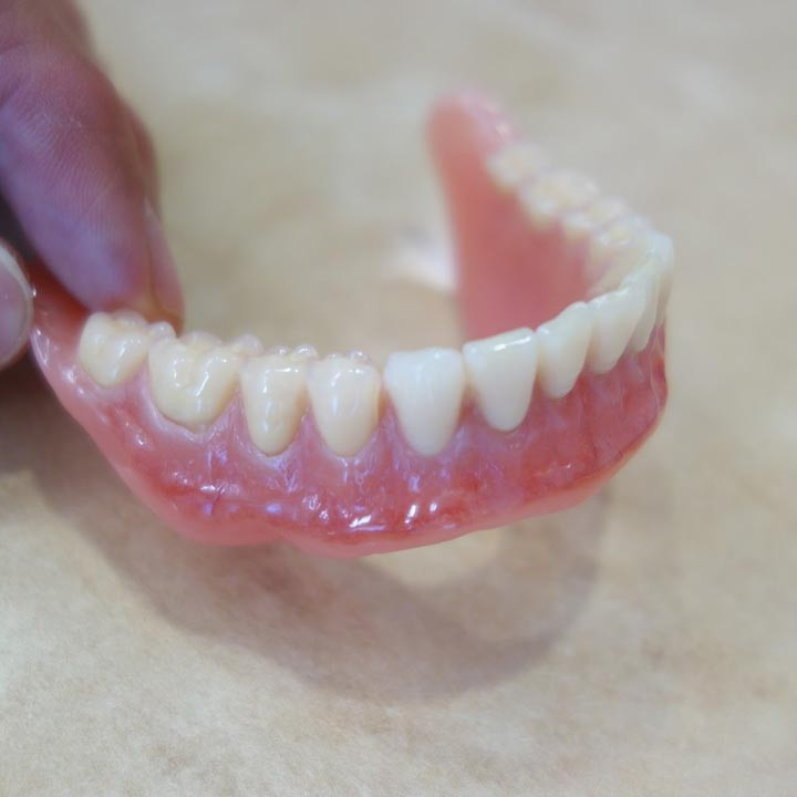 icon09-denture